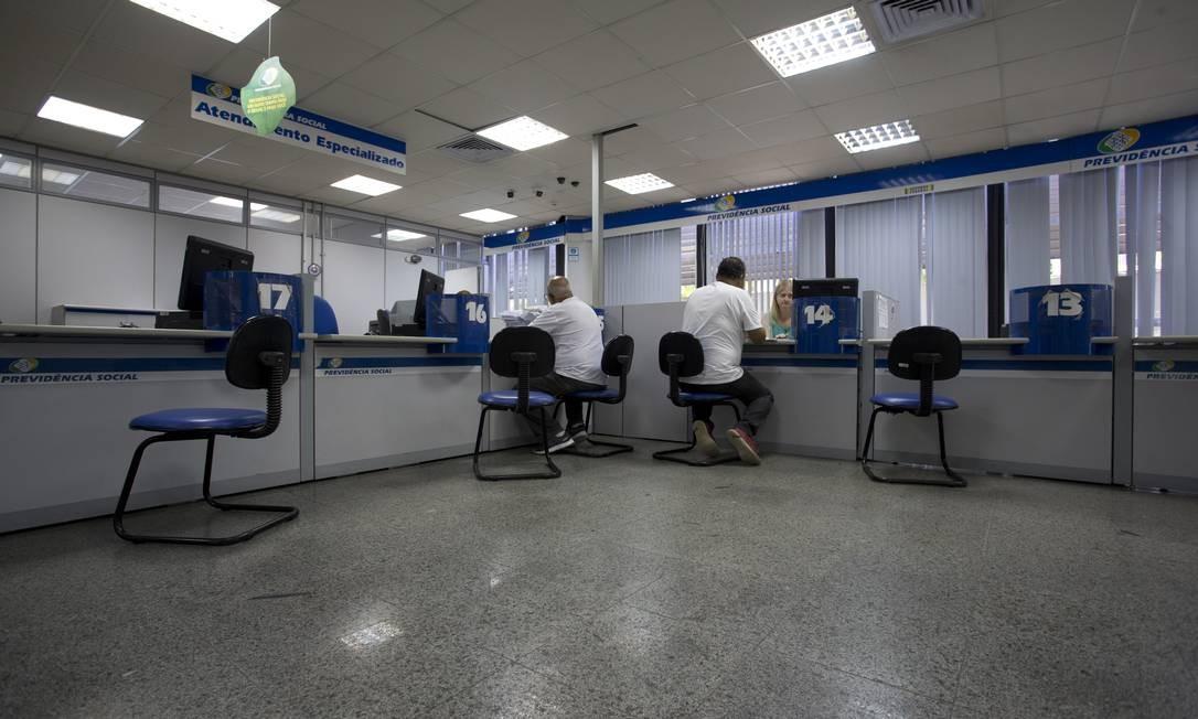 Agência do INSS: sem prova de vida, bloqueio de aposentadorias e pensões. Foto: Márcia Foletto / Agência O Globo