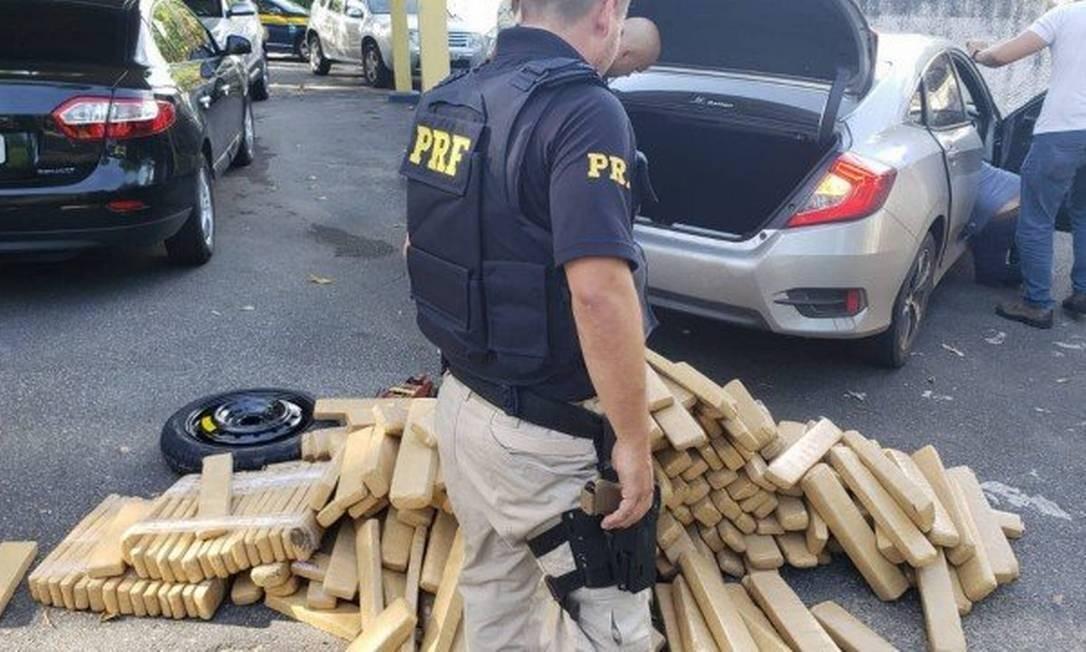 Tabletes da droga foram apreendidos Foto: Divulgação/PRF