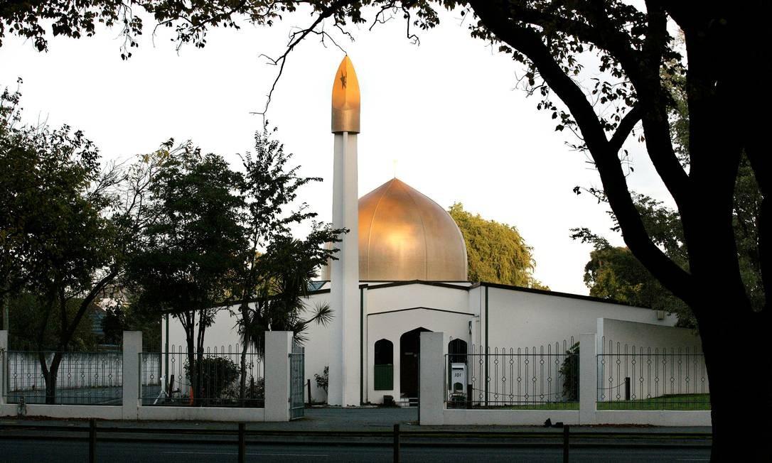 Atirador entrou em um templo islâmico da cidade e começou a disparar contra cerca de 300 pessoas Foto: STRINGER / REUTERS