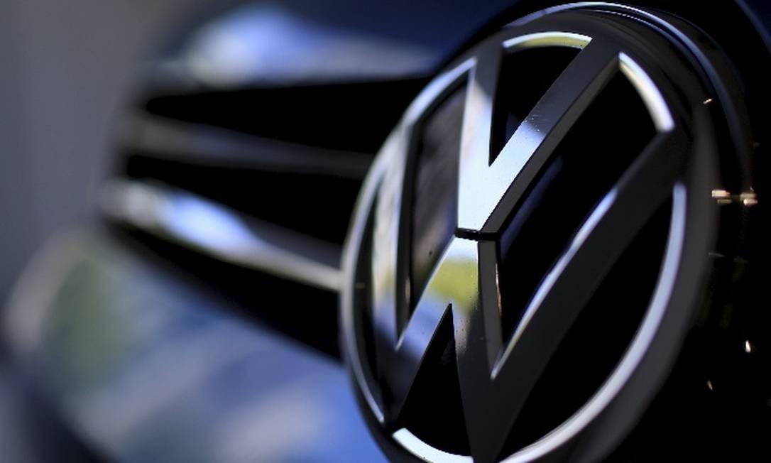 Logotipo da Volks Foto: Marcelo Theobald- O Globo
