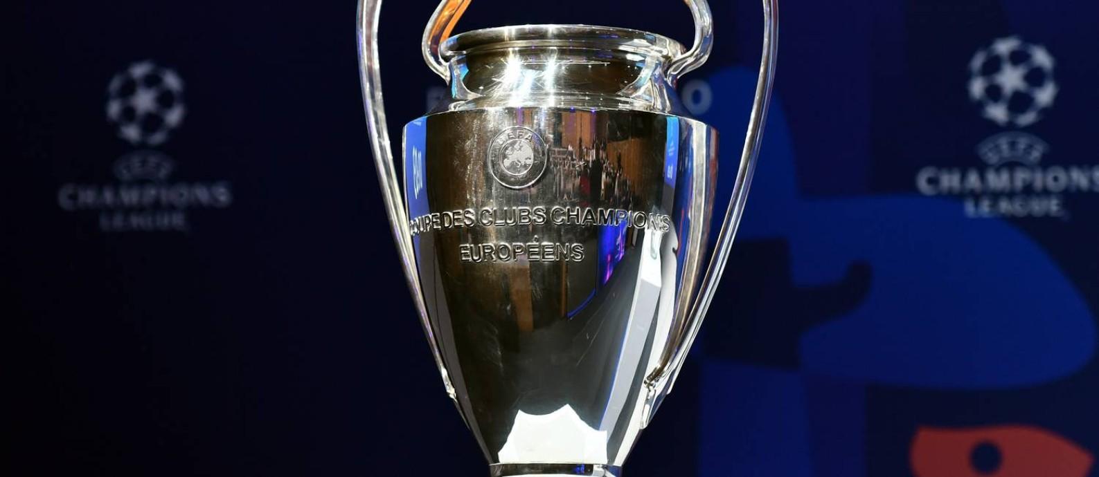 Troféu da Champions League terá um novo campeão em 2018/2019 Foto: FABRICE COFFRINI / AFP