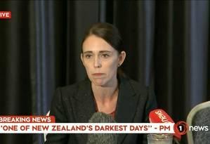 A premier da Nova Zelândia, Jacinda Arden, fala em discurso nacional Foto: REUTERS TV / REUTERS