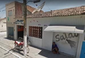 Investigadores do TCU descobriram que a Linkcon Internacional, empresa com contratos milionários no governo, está registrada no endereço de um salão de beleza na pequena Jupi (PE) Foto: Reprodução