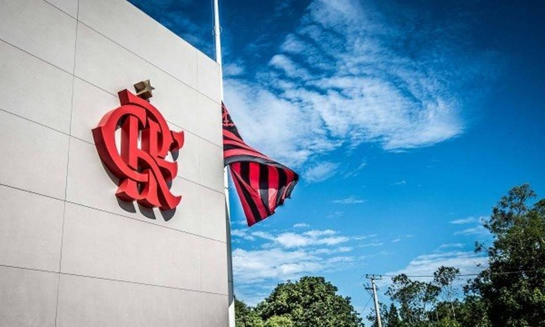 Flamengo retomou os contatos no mercado para a obtenção de anunciantes para os uniformes Foto: Alexandre Vidal/Flamengo
