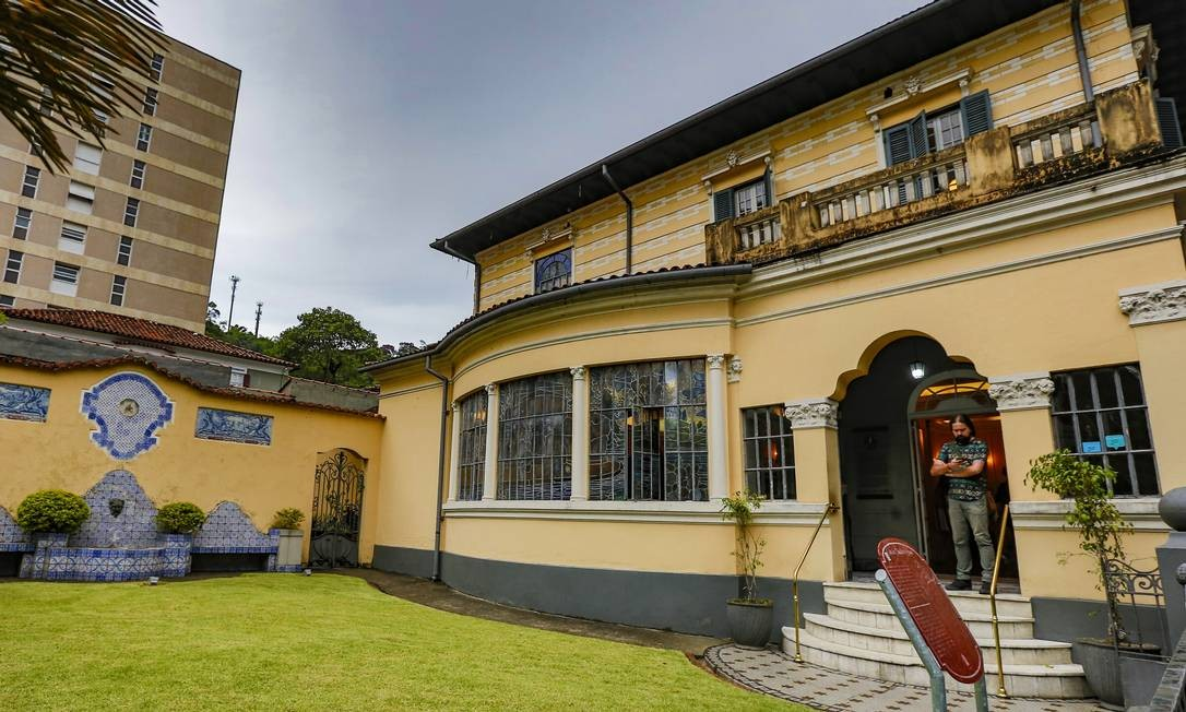 Entrada da Casa de Cláudio de Souza, que hoje pertence ao Museu Imperial Foto: Marcelo de Jesus