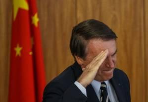 O presidente Jair Bolsonaro participa de evento com o embaixador da Republica Popular da China, Yang Wanming Foto: Daniel Marenco / Agência O Globo
