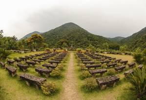 Santuário de São Francisco e Santa Clara fica em frente a uma montanha no Vale do Amor Foto: Marcelo de Jesus;marcelodejesus / Agência O Globo