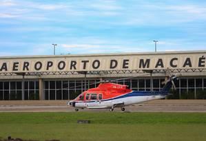 Aeroporto de Macaé, incluído no bloco do Sudeste. Foto: Roberto Moreyra / Agência O Globo