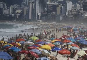 Último domingo do verão na Praia de Ipanema Foto: Pablo Jacob / Pablo Jacob