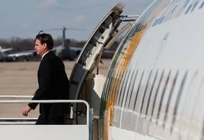 O presidente Jair Bolsonaro desembarca na Base Aérea Andrews, em Washington Foto: Terceiro / Divulgação Presidência da República