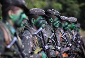 Texto da reforma da Previdência dos militares deverá passar por ajustes até o hora que for entregue aos parlamentares Foto: Jorge William - Agência O Globo