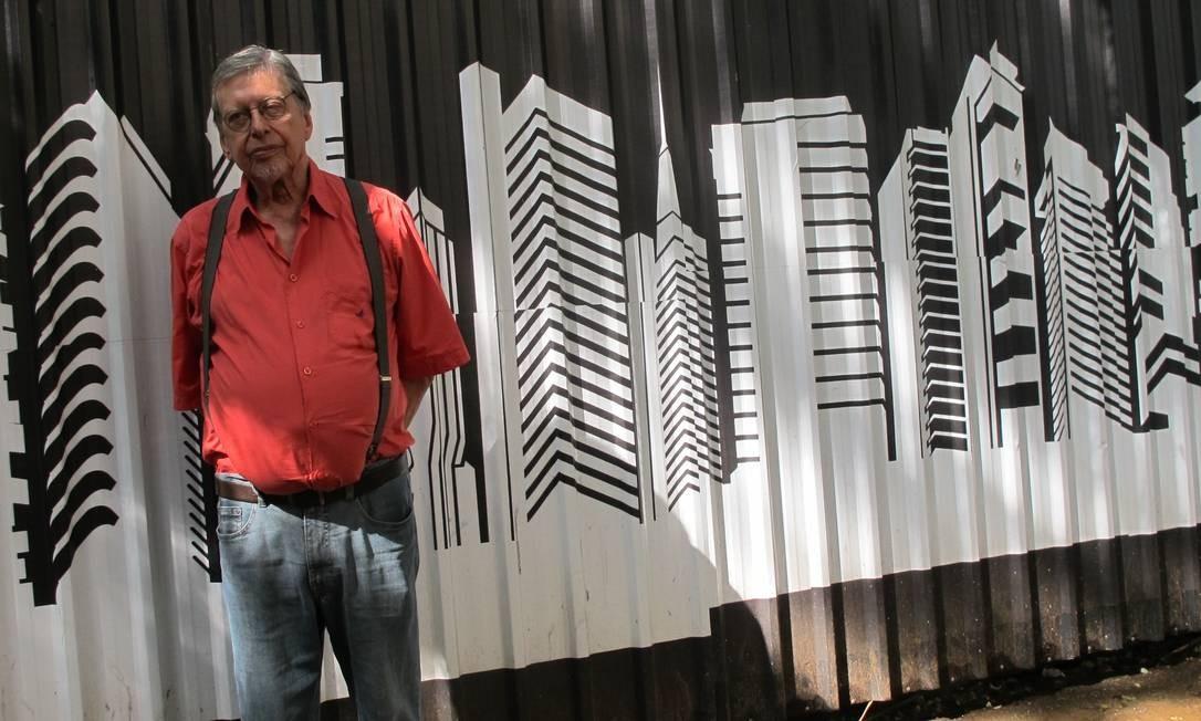 """O escritor João Carlos Marinho, autor de """"O gênio do crime"""" Foto: Infoglobo / Infloglobo"""