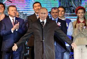 Presidente russo, Vladimir Putin, durante evento comemorativo do quinto aniversário da anexação da Crimeia, em Simferopol Foto: POOL / REUTERS