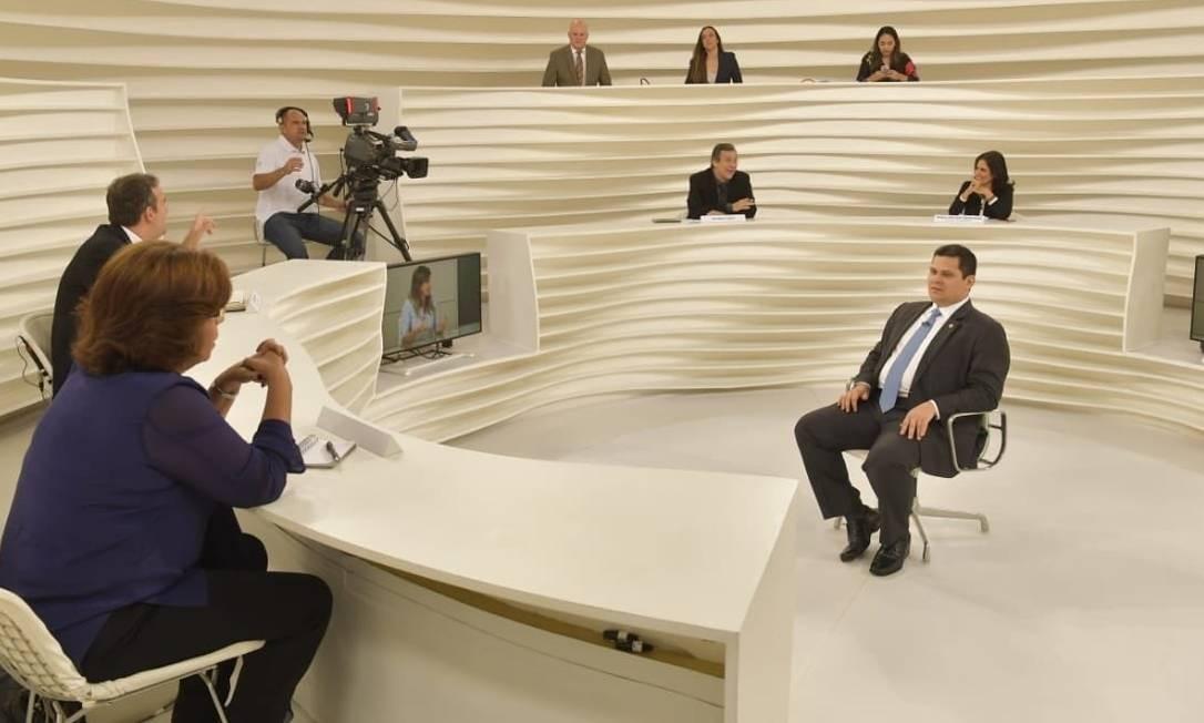 O presidente do Senado Davi Alcolumbre em entrevista ao Roda Viva, da TV Cultura Foto: Reprodução / Redes sociais