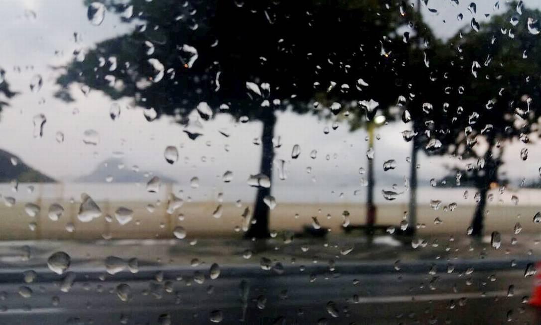 Chuva forte deve atingir Rio a qualquer momento desta quinta-feira Foto: Marcelo Régua / Agência O Globo