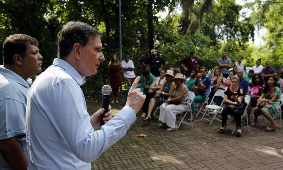 O prefeito Marcelo Crivella em café da manhã com servidores da Fundação Parques e Jardins Foto: Divulgação Prefeitura do Rio