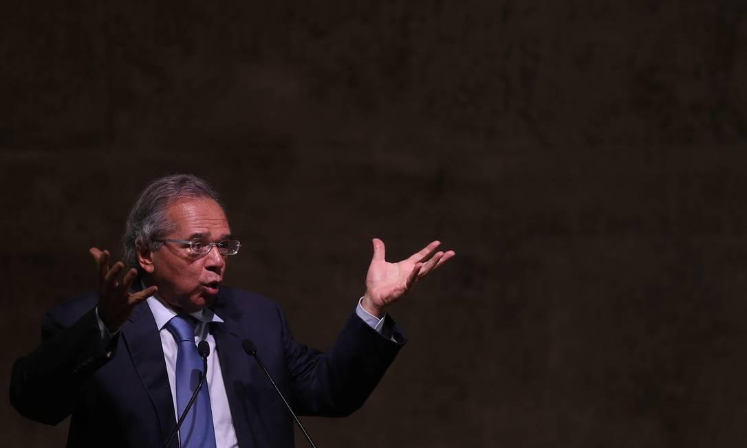 O ministro da Economia, Paulo Guedes, diz que eventuais concessões na reforma não podem ameaçar a expectativa de economia de R$ 1 trilhão em dez anos Foto: Ricardo Moraes / Reuters