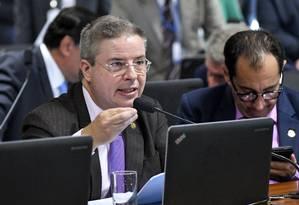 Proposta foi apresentada pelo tucano Antonio Anastasia (MG) Foto: Geraldo Magela/Agência Senado