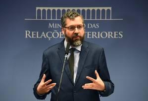 Chanceler Ernesto Araújo durante entrevista no Itamaraty Foto: Evaristo Sa / AFP