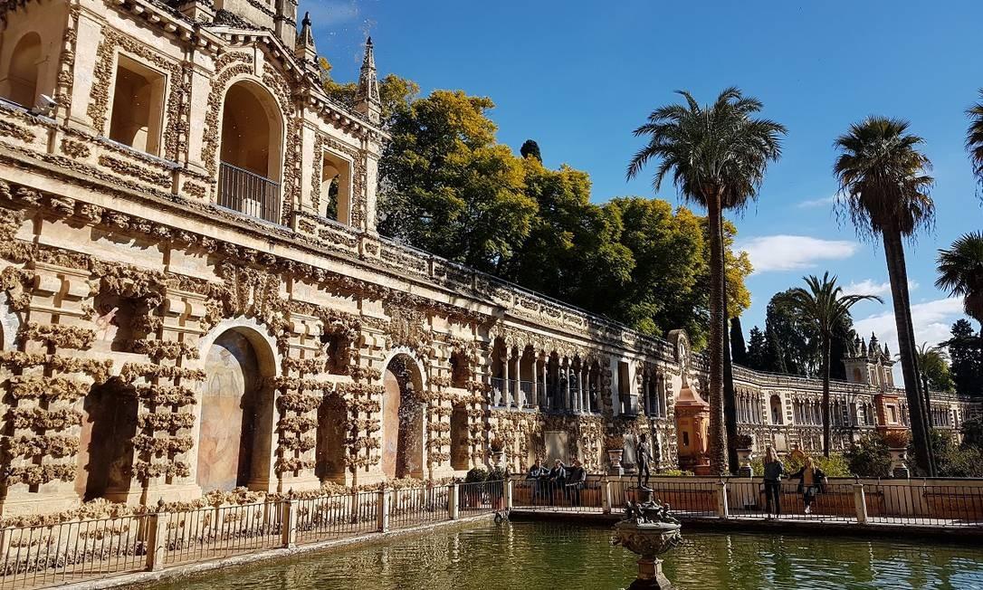 """O Real Alcázar, com sua combinação de estilos mudéjar, gótico e renascentista, é o palácio real em uso há mais tempo na Europa. Já serviu, inclusive, como cenário para a série """"Game of thrones"""" Foto: Eduardo Maia / O Globo"""