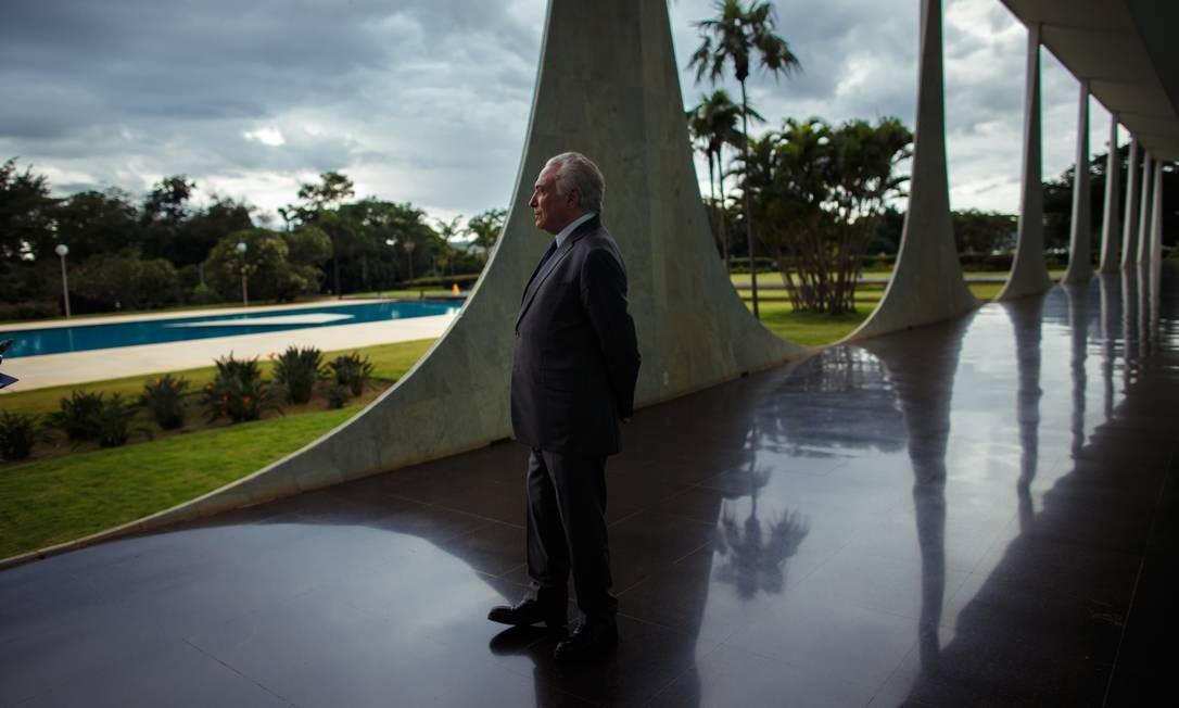 Temer, originalmente advogado, já ocupou diversos cargos na política brasileira. Além de presidente e vice, ele foi presidente da Câmara dos Deputados Foto: Daniel Marenco / Agência O Globo
