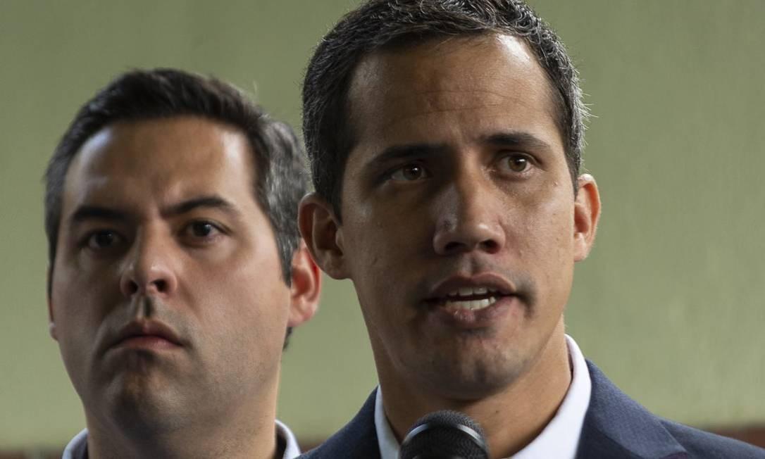 """Juan Guaidó: """"Aqui estamos nós, Nicolás, em plena luz do dia, caso você queira nos intimidar"""" Foto: Francisco Touceiro / El Pitazo"""