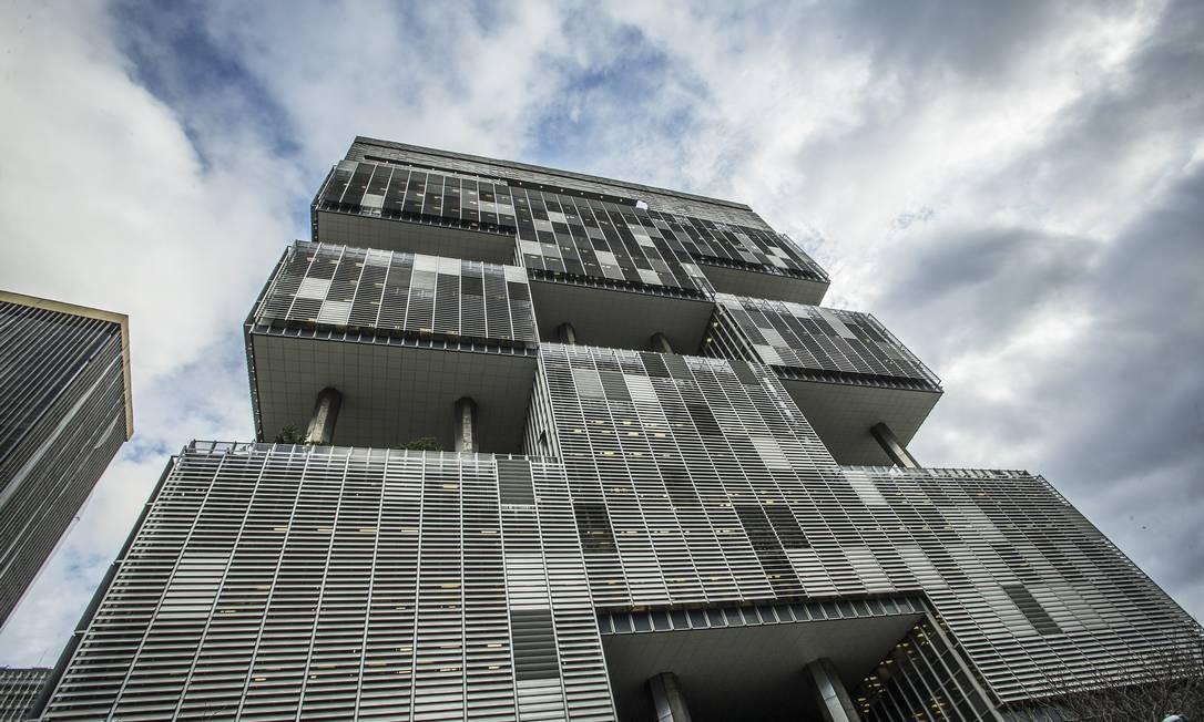 Sede da Petrobras no Rio: divergências com a Receita. Foto: Guito Moreto / Agência O Globo