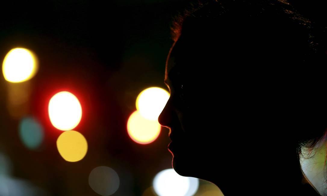Ginicologista foi preso acusado de estupro; X , de 26 anos , vítima do médico Foto: Marcelo Theobald / Agência O Globo