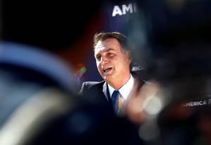Bolsonaro na chegada ao Chile nesta quinta-feira Foto: Esteban Garay/REUTERS