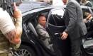O ex-presidente Michel Temer ao ser preso em São Paulo na quinta-feira Foto: AFP