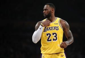 LeBron James deve ficar de fora dos playoffs da NBA após 13 anos Foto: Sean M. Haffey / AFP