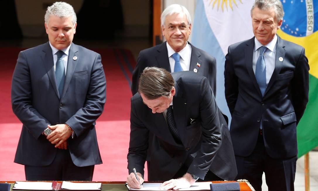 Resultado de imagem para bolsonaro presidentes sul americanos