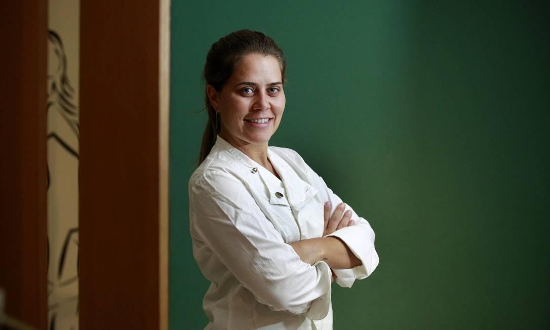 No comando da recém-inaugurada filial do Varandas, restaurante petropolitano Foto: Márcio Alves / Agência O Globo
