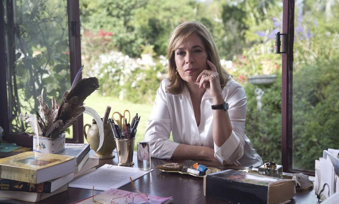 A historiadora e escritora Mary del Priore, autora de 'As vidas de José Bonifácio' Foto: Ana Branco / Agencia O Globo
