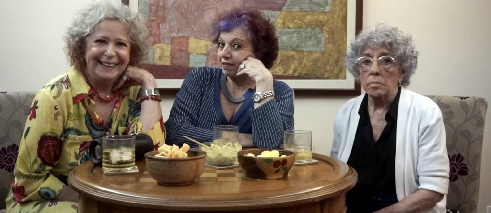 """As """"Avós da Razão"""", Sonia Bonetti, Gilda Bandeira de Mello e Helena Wiechmann, que respondem a dúvidas de internautas no YouTube Foto: Cássia Camargo / Divulgação"""