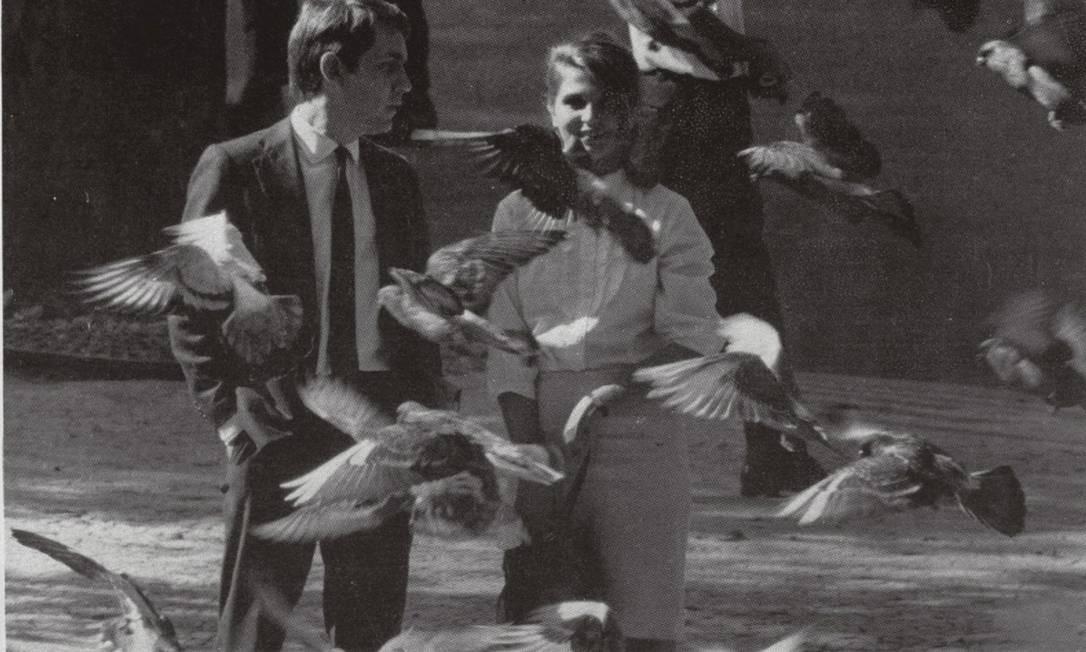'Todas as mulheres do mundo', de 1966, é o filme de estreia de Domingos Oliveira, e até hoje o mais celebrado. Paulo José e Leila Diniz são os protagonistas do clássico Foto: Divulgação