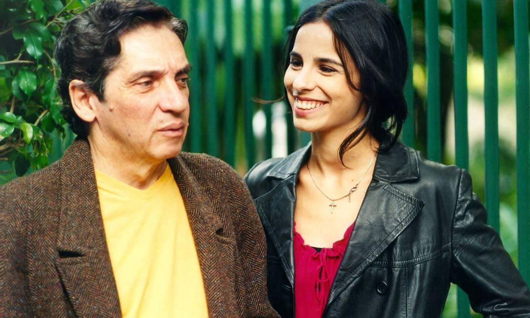 Em 2002, com Maria Ribeiro em 'Separações'. Atriz, que era grande amiga de Domingos Oliveira, interpretou a filha dele no filme Foto: Divulgação