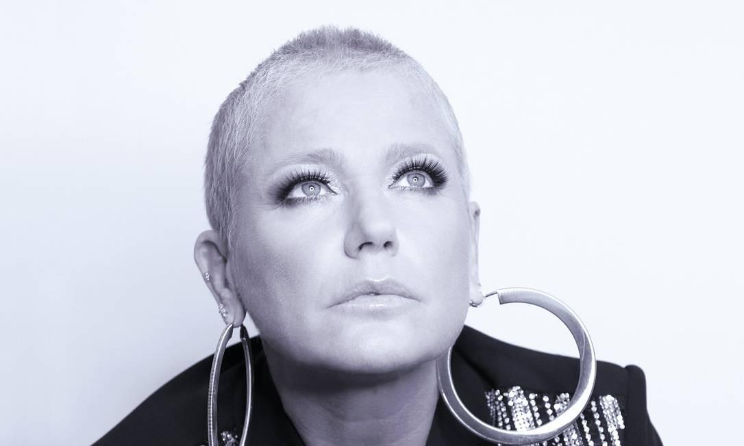 Xuxa às vésperas de fazer 56 anos. Arte sobre foto de Blad Meneguel Foto: Blad Meneguel / Divulgação