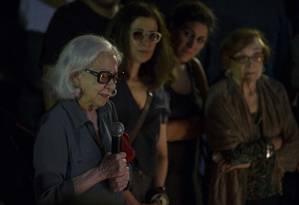 A atriz Fernanda Montenegro no velório de Domingos Oliveira Foto: Guito Moreto / Agência O Globo