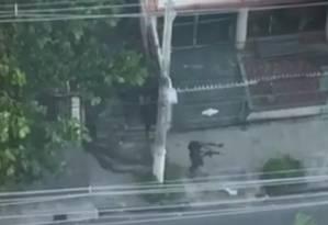 Criminosos com fuzis em Icaraí, Niterói Foto: Acervo pessoal