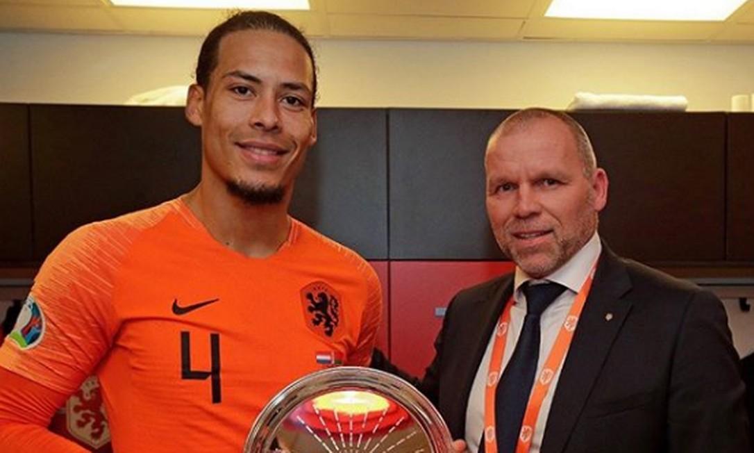 Principal jogador da Holanda e xerife no Livepool, van Djik esteve em estado crítico aos 17 anos Foto: Reprodução/Instagram