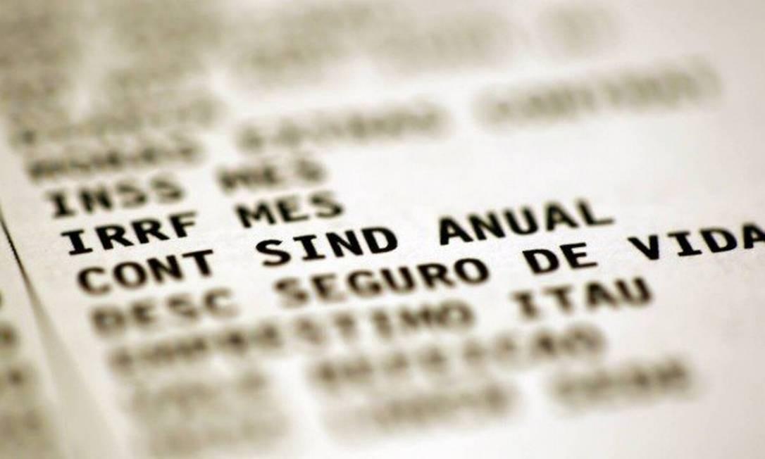 A contribuição sindical anual não pode mais ser descontada no contracheque Foto: Marcelo Carnaval / Agência O Globo