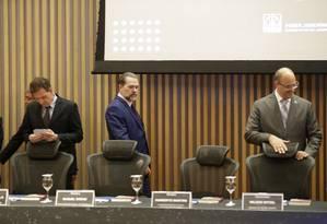 O prefeito Marcelo Crivella, o presidente do STF, Dias Toffoli, e o governador Wilson Witzel Foto: Gabriel Paiva / Agência O Globo
