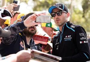 Robert Kubica voltou a ser piloto titular da Fórmula 1 oito anos após acidente em que quase perdeu a mão Foto: ASANKA BRENDON RATNAYAKE / AFP