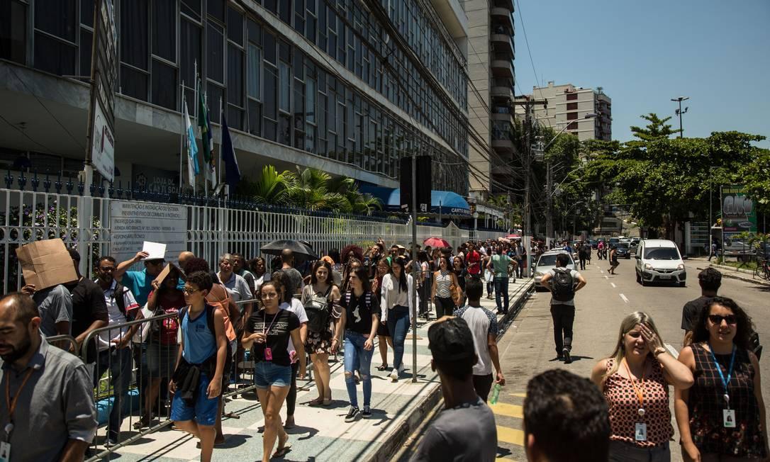 De acordo com os dados do IBGE, em fevereiro,o número de brasileiros fora da força de trabalho é recorde: 65,7 milhões Foto: Brenno Carvalho / Agência O Globo