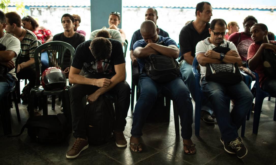 No Rio de Janeiro, a Comunidade Católica Geraldo Vidas, na rua Moraes e Silva, realiza sua tradicional feira de emprego Foto: Brenno Carvalho / Agência O Globo