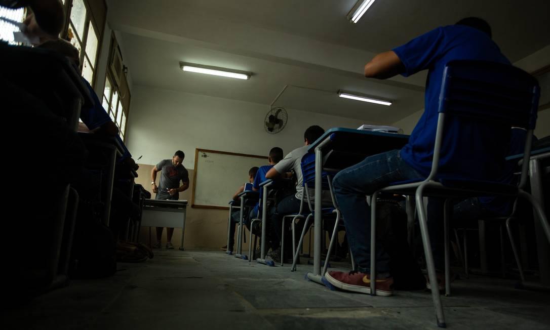 CNE anulou seu próprio parecer que definia critérios para nortear valor mínimo de investimento necessário por aluno Foto: Brenno Carvalho / Agência O Globo
