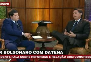 Presidente Jair Bolsonaro dá entrevista para o apresentador José Luiz Datena, na Band Foto: Reprodução/TV Band
