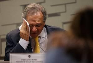O ministro da Economia, Paulo Guedes, fala na Comissão de Assuntos Econômicos do Senado Federal, na tarde desta quarta-feira Foto: Daniel Marenco / Agência O Globo