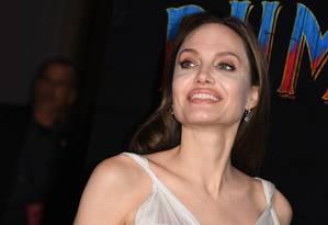 "Angelina Jolie chega à pré-estreia de ""Dumbo"" no El Capitan , em Hollywood Foto: ROBYN BECK / AFP"